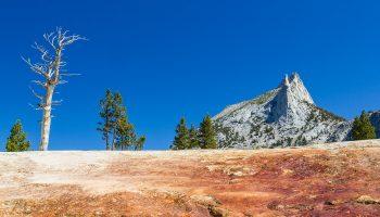 USA-californie-yosemite-cathedral-peak