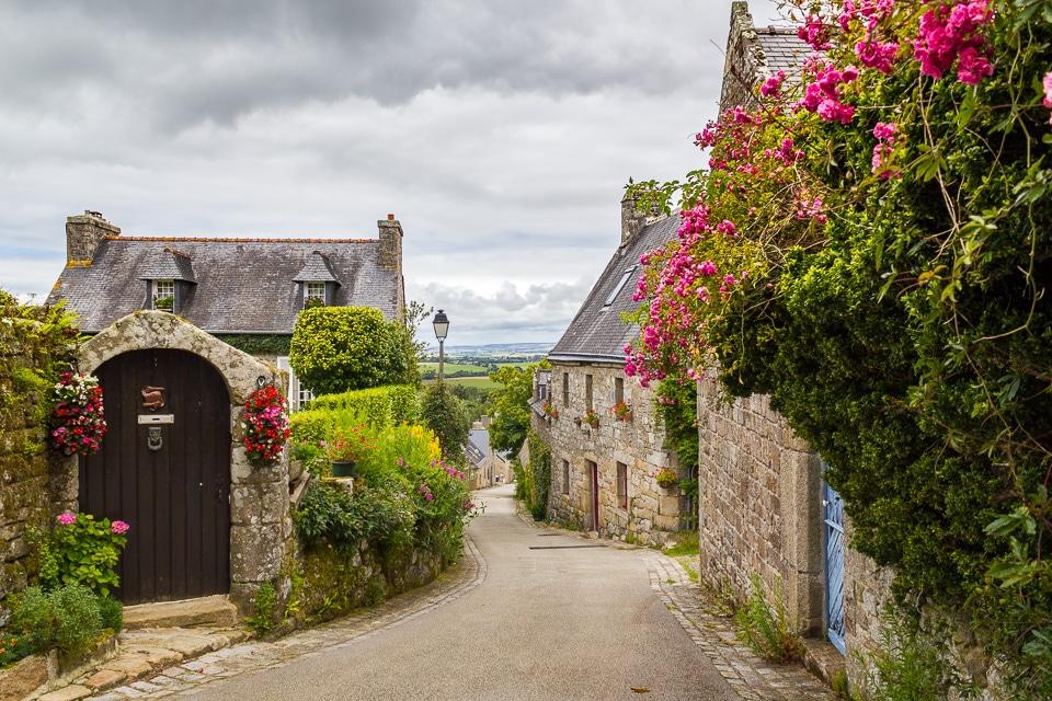 locronan village bretagne