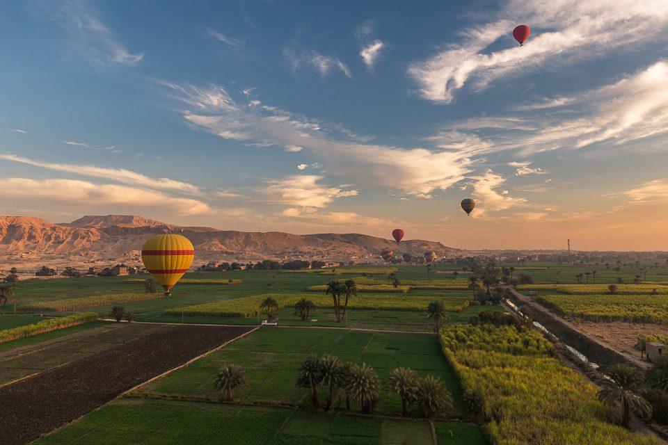 egypte-louxor-montgolfiere-insolite