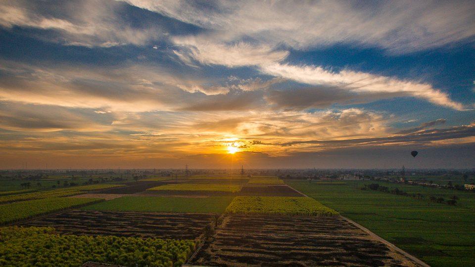 egypte-louxor-montgolfiere-sunrise
