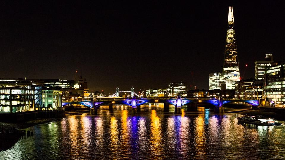 multicolor bridge londres de nuit tamise