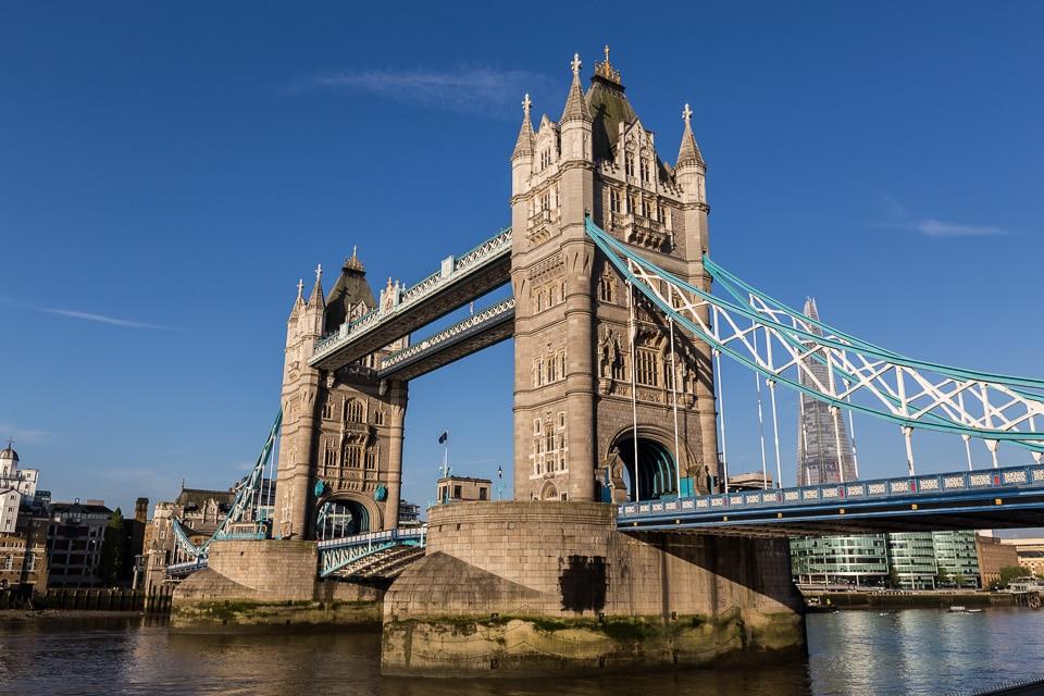 tower bridge londres