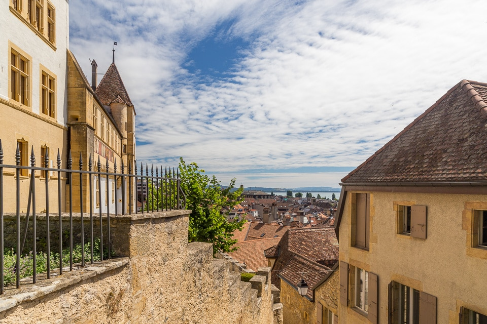 chateau neuchatel panorama