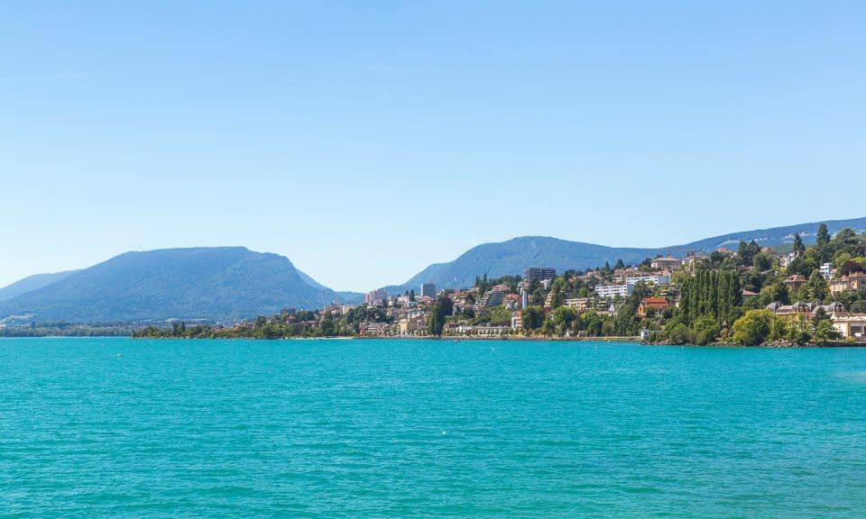 ville de neuchâtel en suisse