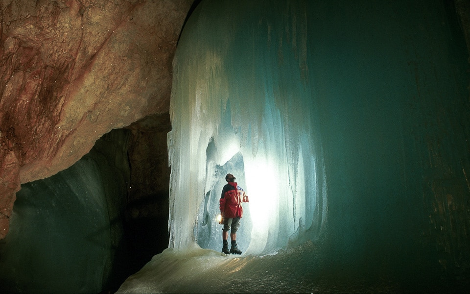 eisriesenwelt cascade glace