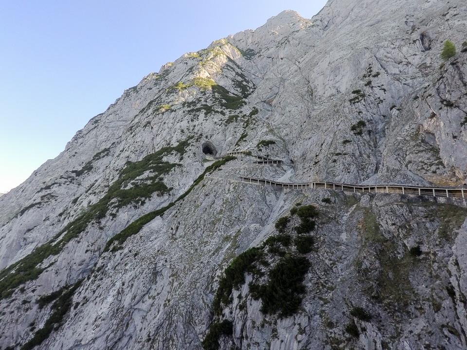 eisriesenwelt grotte de glace