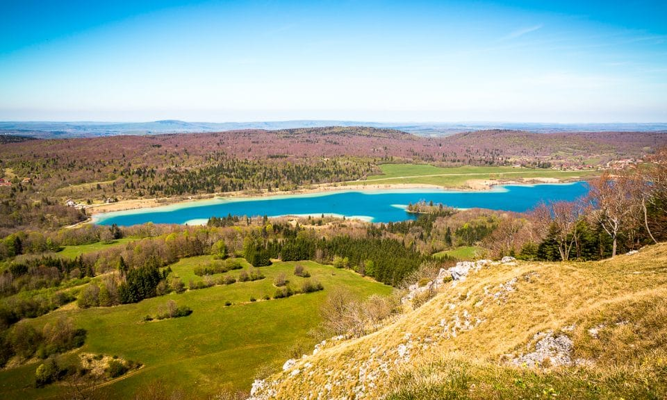 route des lacs du jura belvédère du pic de l'aigle