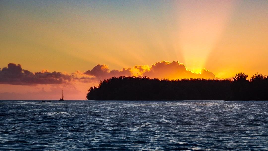 polynesie-moorea-sunset