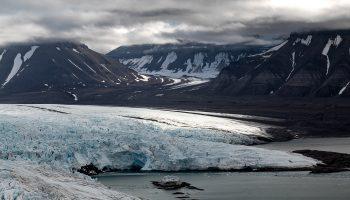 norvege-spitzberg-glacier-icebergs