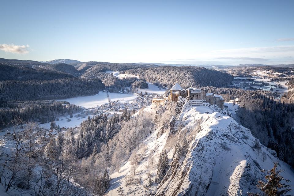 chateau-joux-hiver