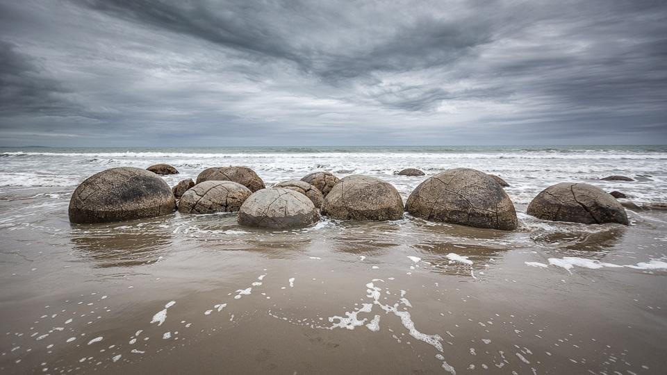 NZ-moeraki-boulders (5)