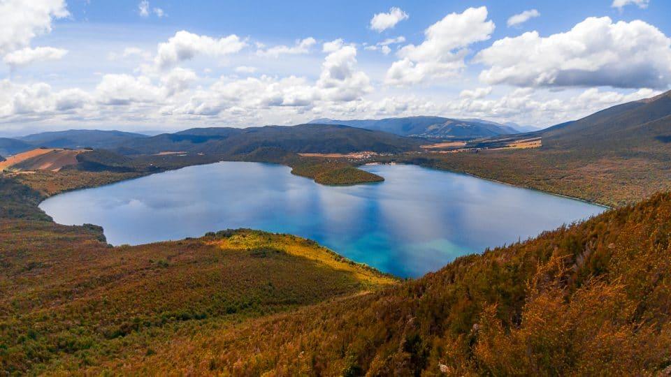 nelson lake en nouvelle zélande