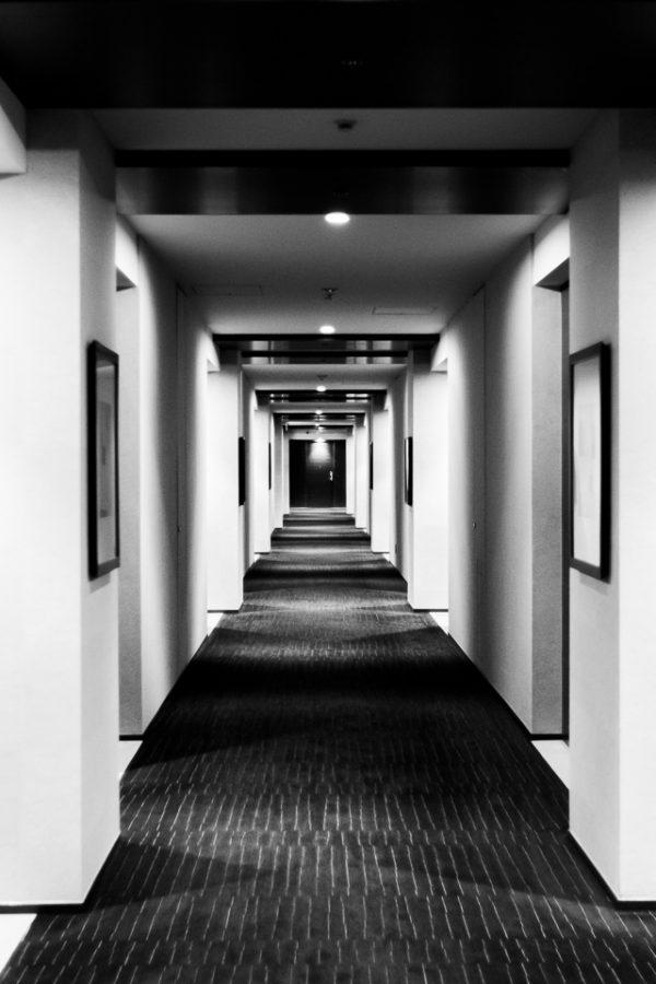 symétrie dans un couloir